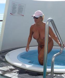 partnertausch im swingerclub nudisten zu hause