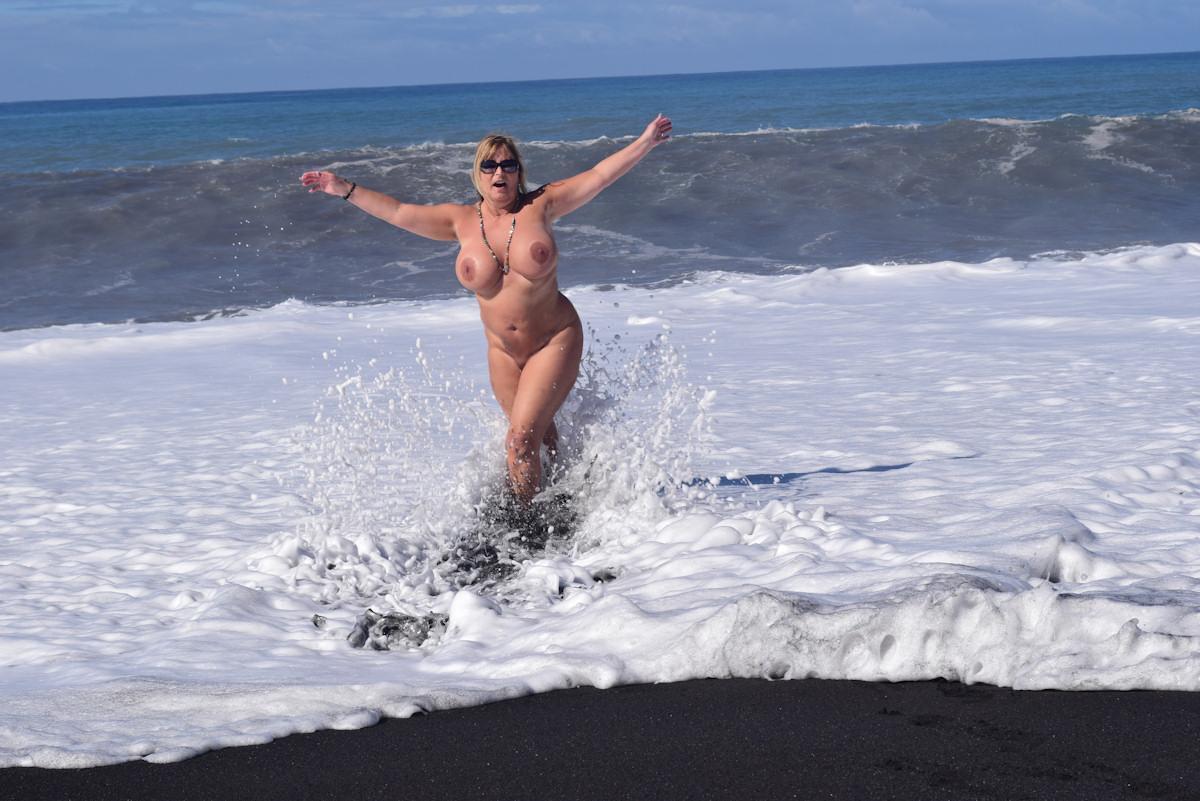 Am FKK-Strand von La Palma