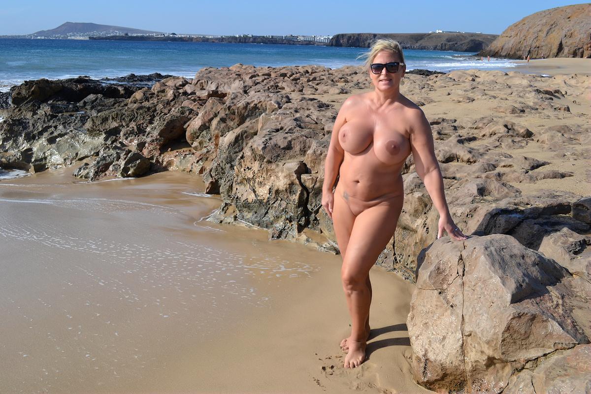 En la playa del ingles - 2 part 6